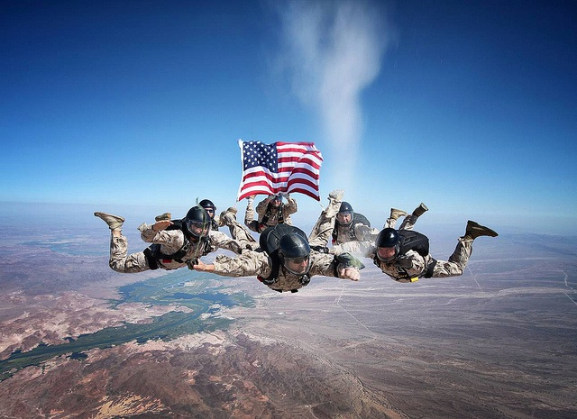 Old Glory - Skydivers